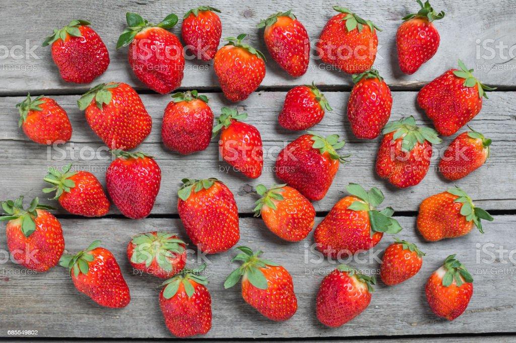 ed strawberries on wooden tabletop 免版稅 stock photo