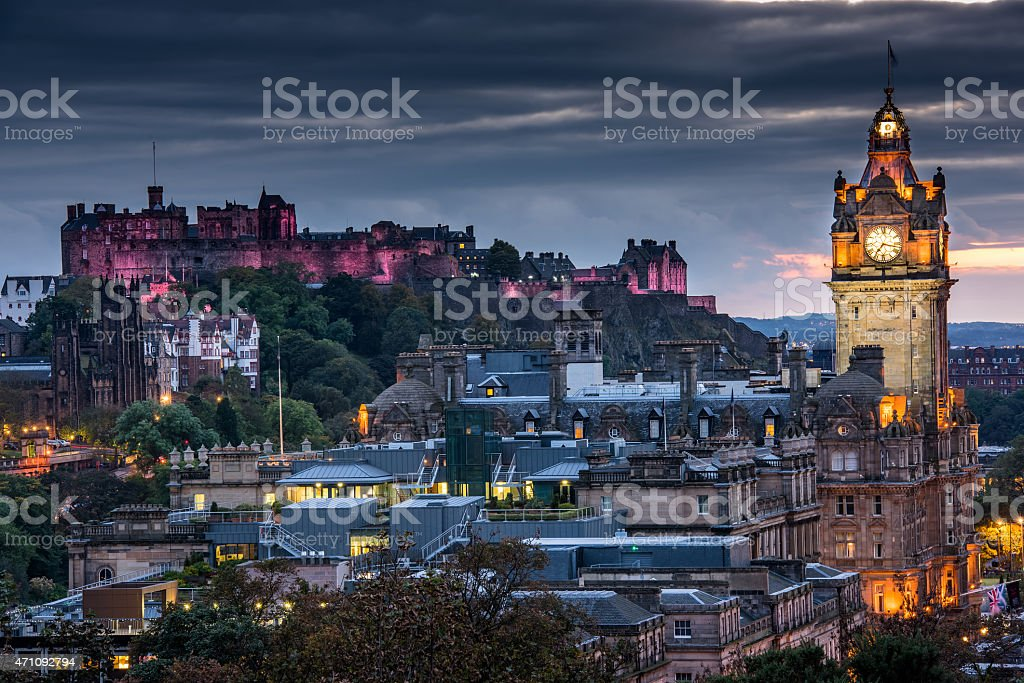 Edinburgh Castle and cityscape at night in Scotland, UK stock photo