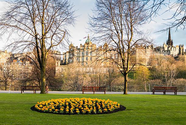 Edimburgo, Scozia. Città vecchia di Princes Street, con Aiuola - foto stock