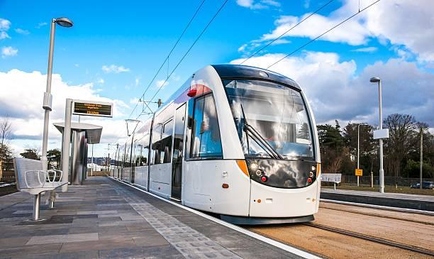 edinburgh tram stands at gogarburn station - spårvagn bildbanksfoton och bilder