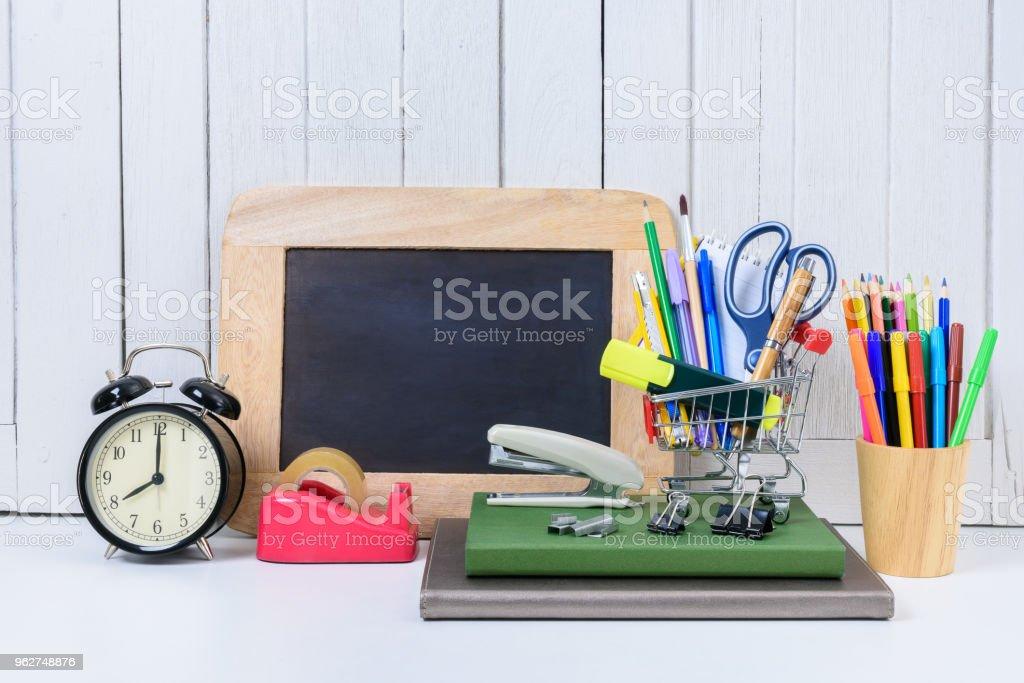 Education, Back to School, Shopping - Foto stock royalty-free di Attrezzatura