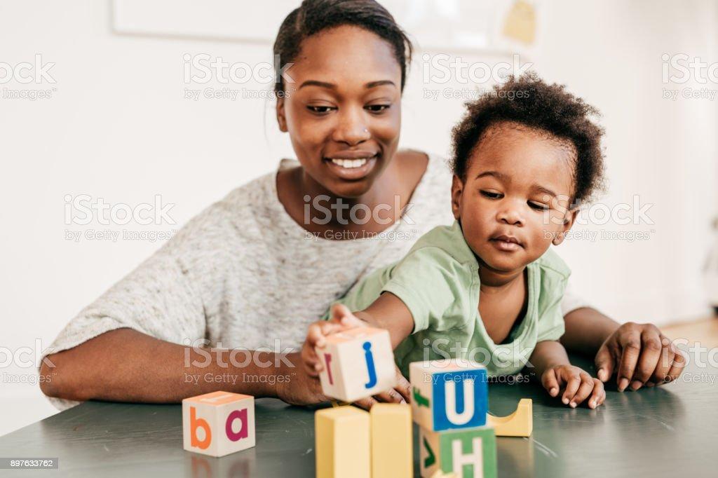 Pädagogische Aktivitäten für Kleinkinder – Foto