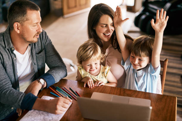 lernspiele machen sie das lernen so viel spaß - free online game stock-fotos und bilder
