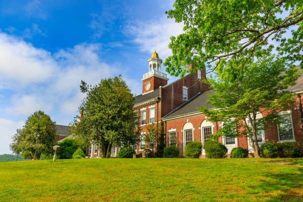 Edward R. Hodgson Hall at Rabun Gap-Nacoochee School
