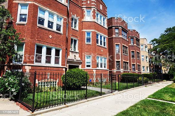 Edwardian Flats In Washington Heights Chicago Stock Photo - Download Image Now