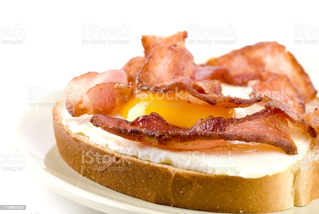 Egg And Bacon Sandwich bildbanksfoto