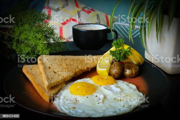Jajko I Chleb - zdjęcia stockowe i więcej obrazów Awokado
