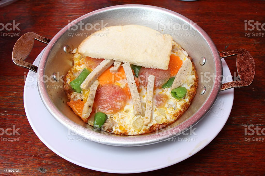 eggdrop on pan with pork and vegetable thai style royalty-free stock photo