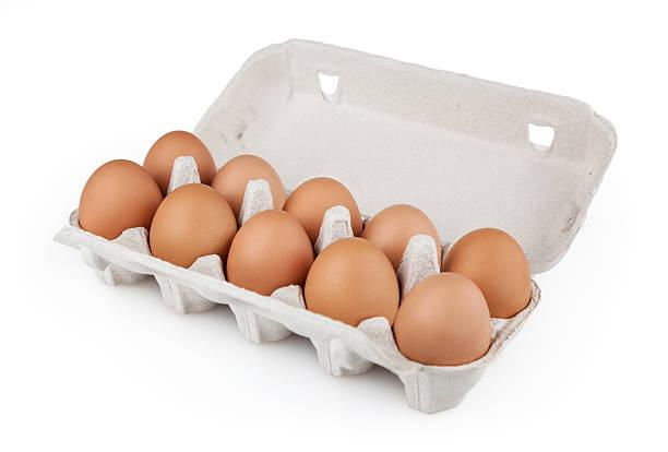 eggs + clipping path - chicken bird in box stockfoto's en -beelden