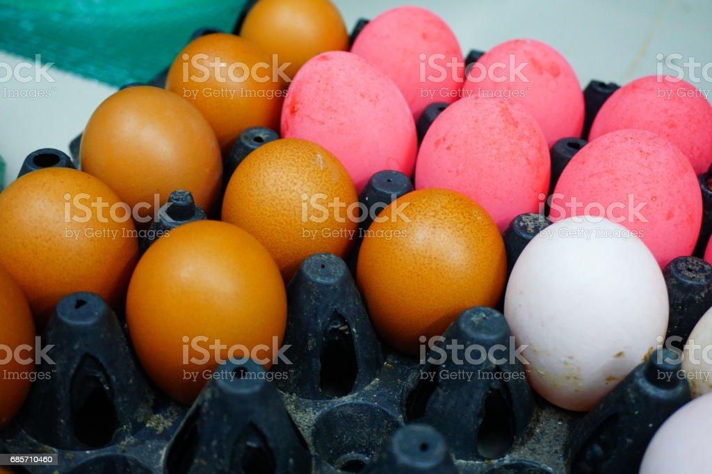 從包中的養雞場裡的雞蛋 免版稅 stock photo