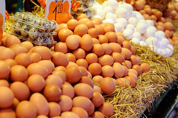 Eier auf dem Markt – Foto