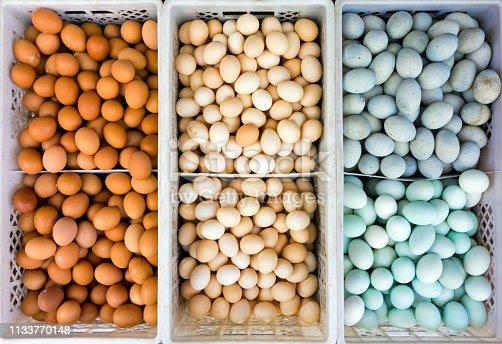 Eier auf einem chinesischen Marktstand