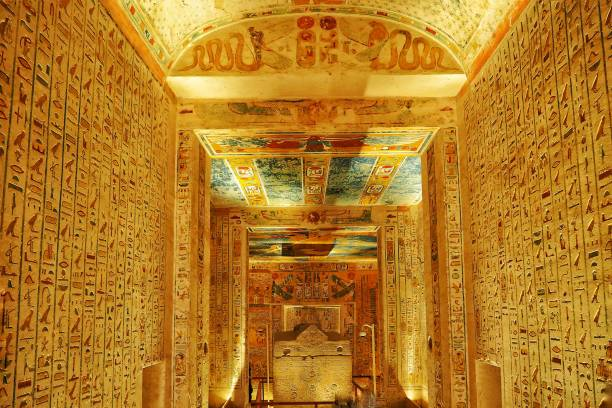 Egypt Hieroglyphics in Valley of kings closeup detail , 15 Jan 2019 , Luxor , Egypt. Egypt Hieroglyphics in Valley of kings closeup detail , 15 Jan 2019 , Luxor , Egypt. valley of the kings stock pictures, royalty-free photos & images