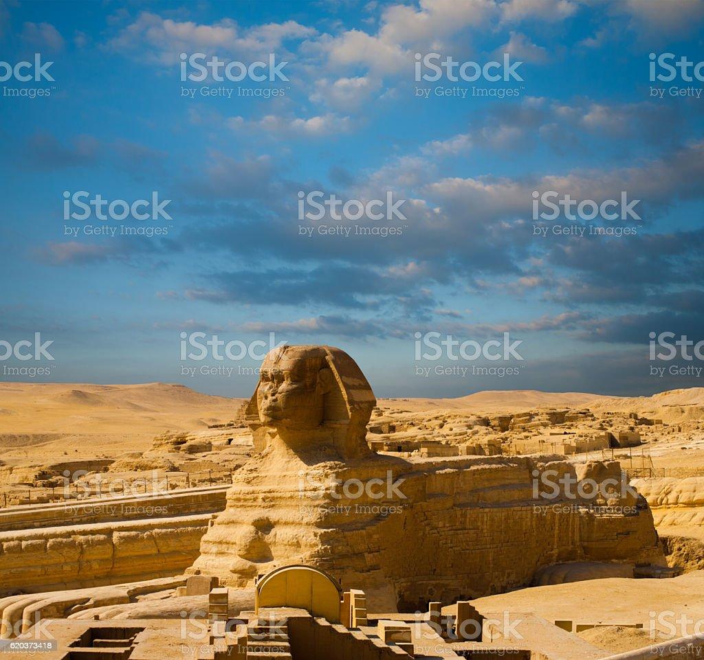 Egypt Pyramids Sphinx Full Body Profile Blue Sky zbiór zdjęć royalty-free