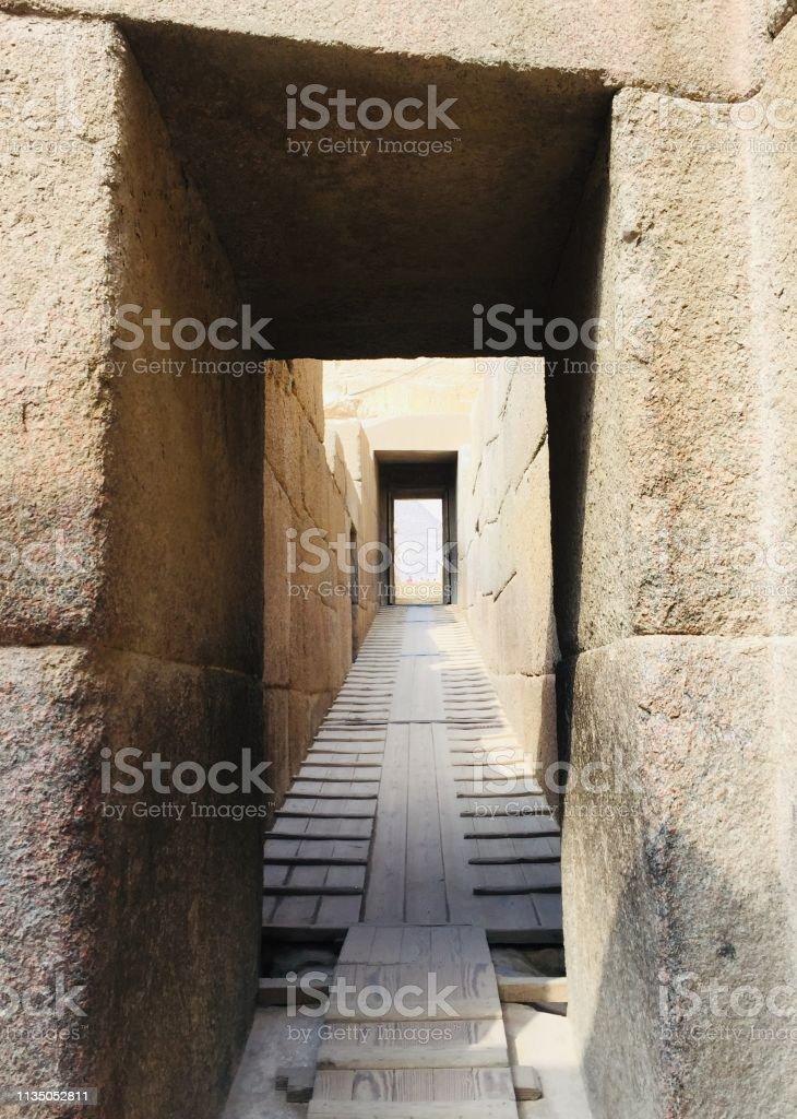 Ägyptische antike Ruinentür – Foto