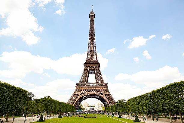 eiffel tower and garden in paris, france - eiffel tower stock photos and pictures