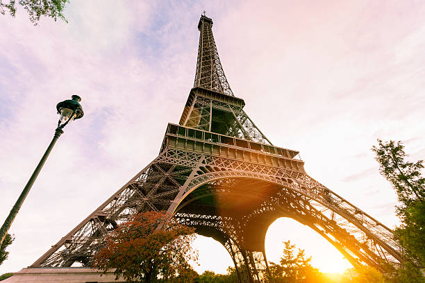 Eiffelturm, Paris bei Sonnenuntergang – Foto