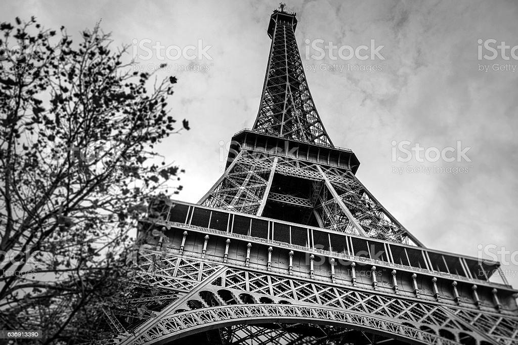 Eiffel Tower Images Black And White: Tour Eiffel Noir Et Blanc Banque D'images Et Photos Libres