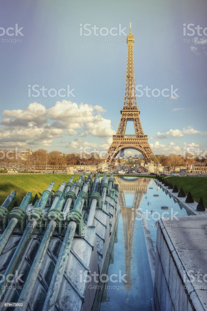 Eiffel Tower on a sunny spring day 免版稅 stock photo
