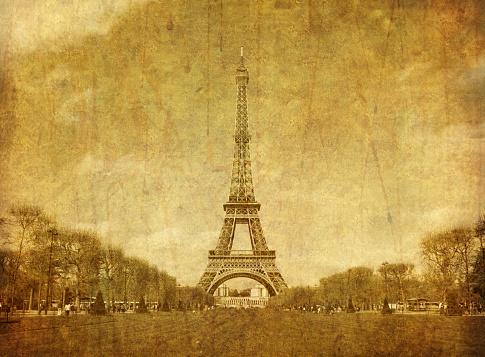 istock Eiffel tower 185261605