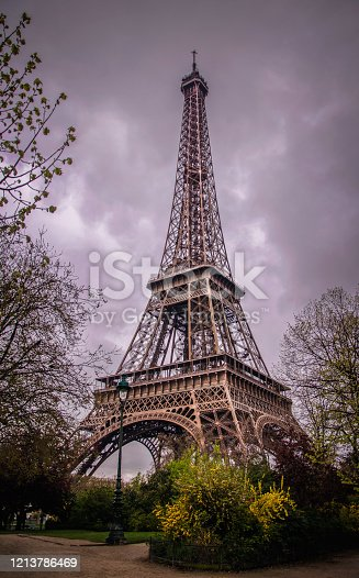 One point of view of the Eiffel Tower, without people around