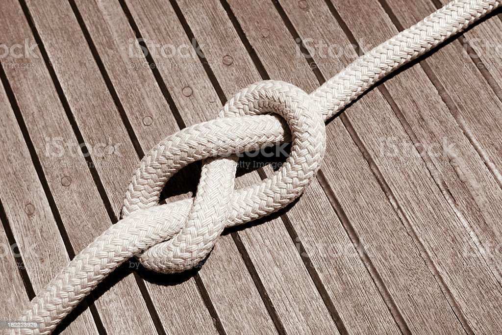 Acht Knoten auf der sail boat deck Lizenzfreies stock-foto