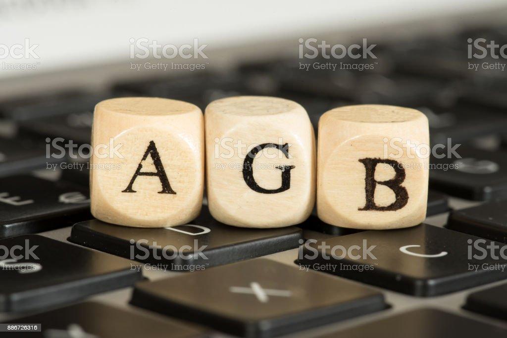 Ein Computer und sterven Allgemeinen Geschäftsbedingungen AGB foto