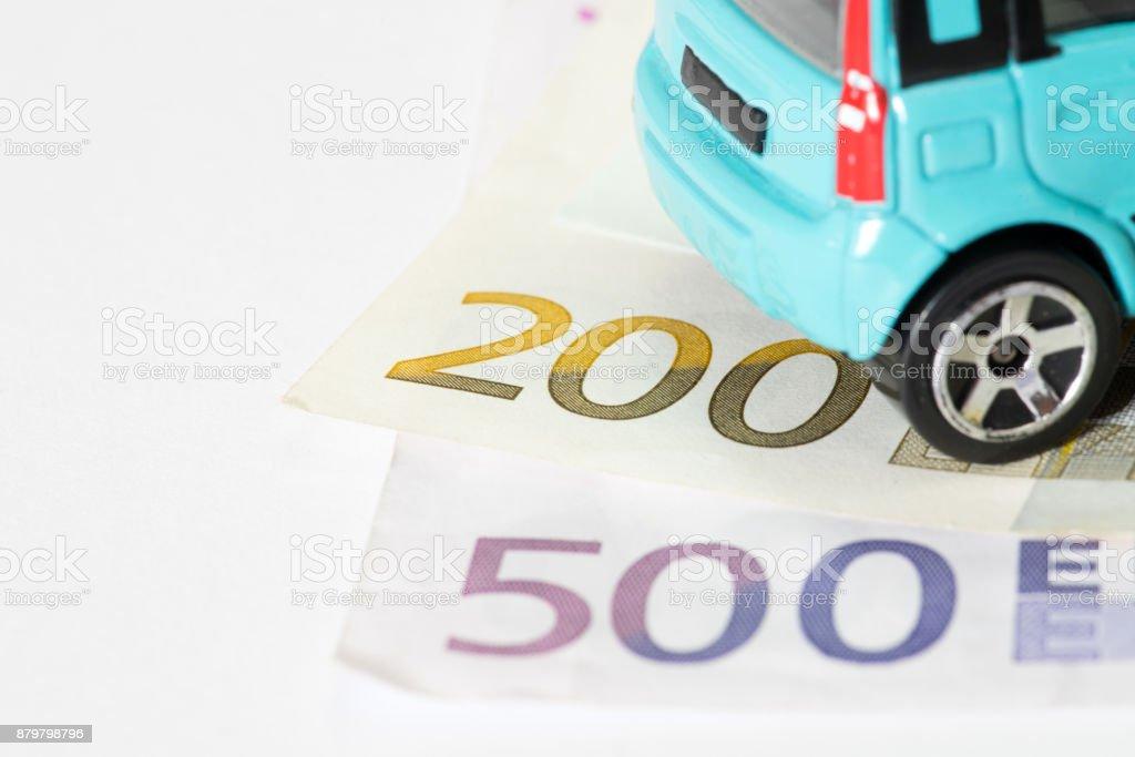 Ein Fahrzeug und Euro Geld stock photo