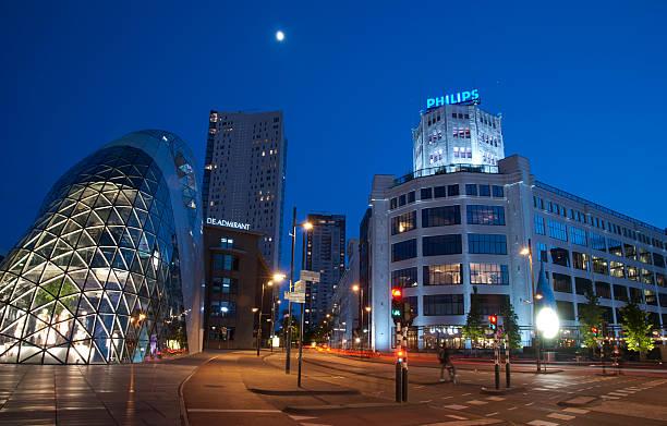 eindhoven city center during blue hour - eindhoven city stockfoto's en -beelden