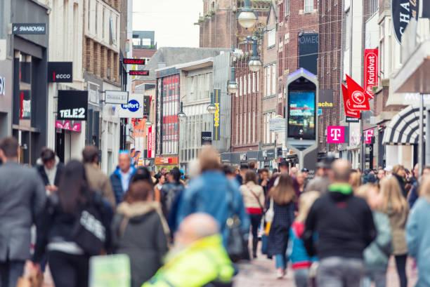 eindhoven, nederland - eindhoven city stockfoto's en -beelden