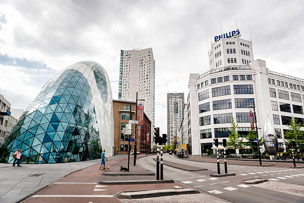 eindhoven - eindhoven city stockfoto's en -beelden
