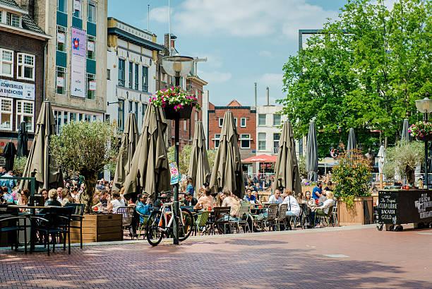 eindhoven square - eindhoven city stockfoto's en -beelden