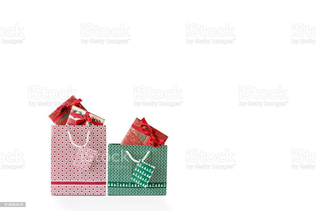 Eine Rote und Grüne Einkaufstasche stock photo