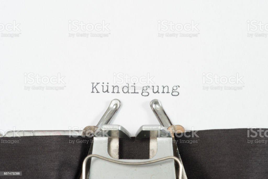 Eine Schreibmaschine Und Das Johanniskraut Kündigen – Foto