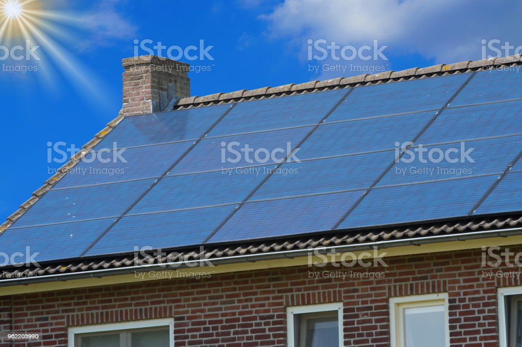 solaranlage excellent solaranlage with solaranlage stunning dstere aussichten fr von nicht. Black Bedroom Furniture Sets. Home Design Ideas
