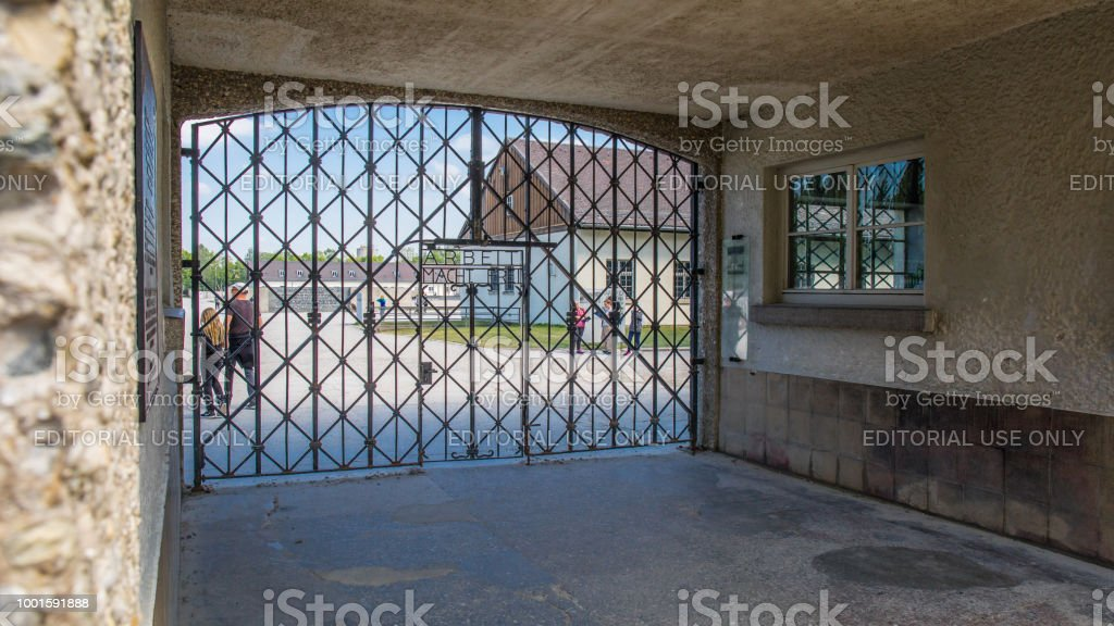 Eingangsbereich Konzentrationslager Dachau – Foto