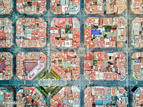 istock Eixample neighborhood in Barcelona 915656842