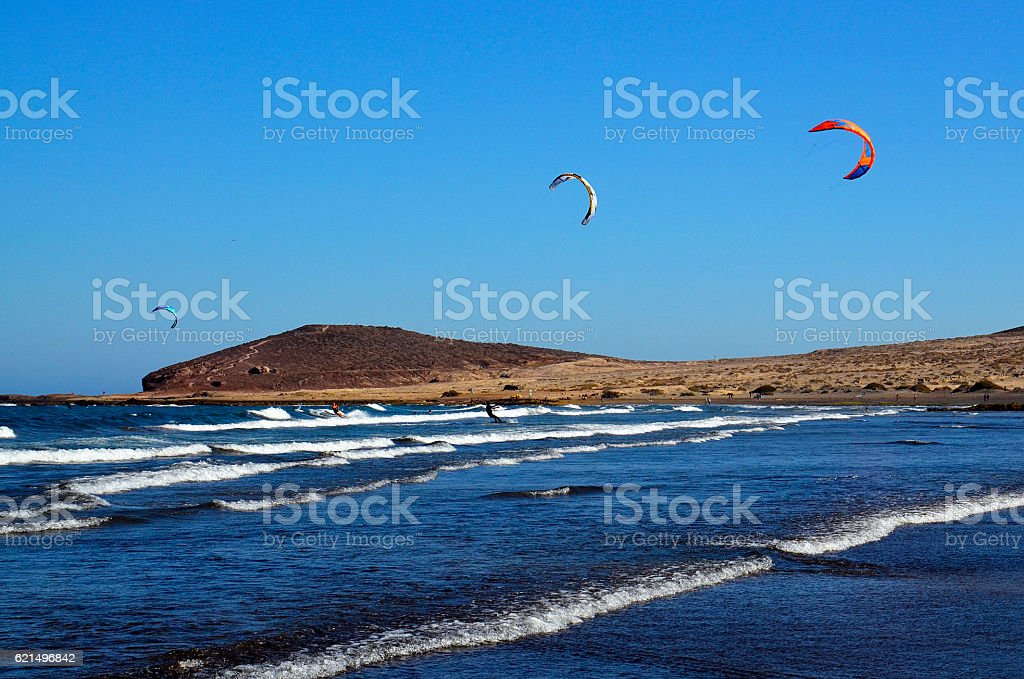 El Medano kitesurfing beach in south coast of Tenerife, photo libre de droits