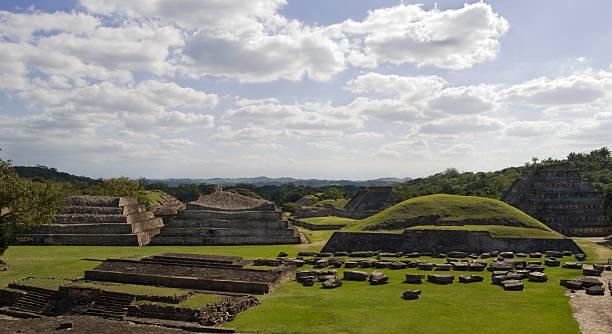 El Tajin Ruins  el tajin stock pictures, royalty-free photos & images