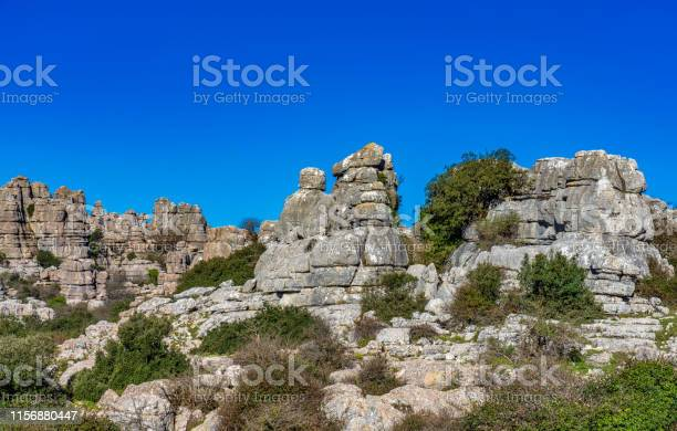 El torcal de antequera andalusia spain near antequera province malaga picture id1156880447?b=1&k=6&m=1156880447&s=612x612&h=cv9hputcfdnazcgdk 8gzksn5hx hgh9rxhwothsltk=