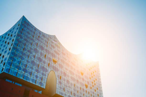 elbphilharmonie, panorama-aufnahme - reifen hamburg stock-fotos und bilder
