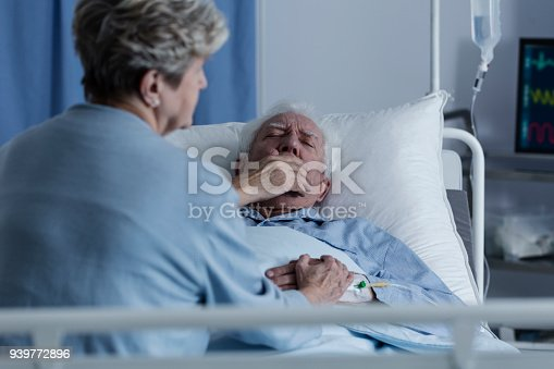 886711404 istock photo Elderly man with lung cancer 939772896