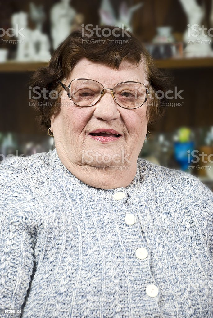 Elderly woman with glasses royaltyfri bildbanksbilder