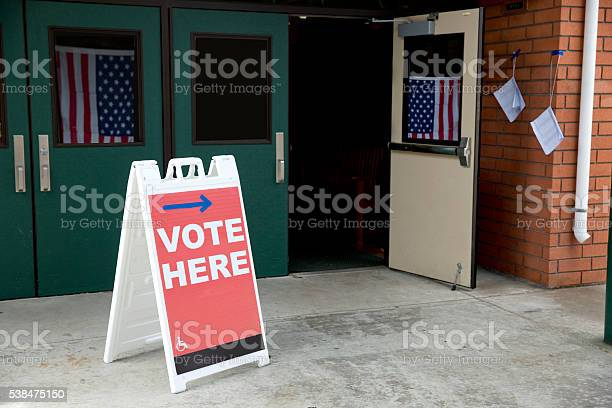 Election day polling place picture id538475150?b=1&k=6&m=538475150&s=612x612&h=qeli5xjrbdbu2cmmp3oqen xn1akpfrcldogl988cny=