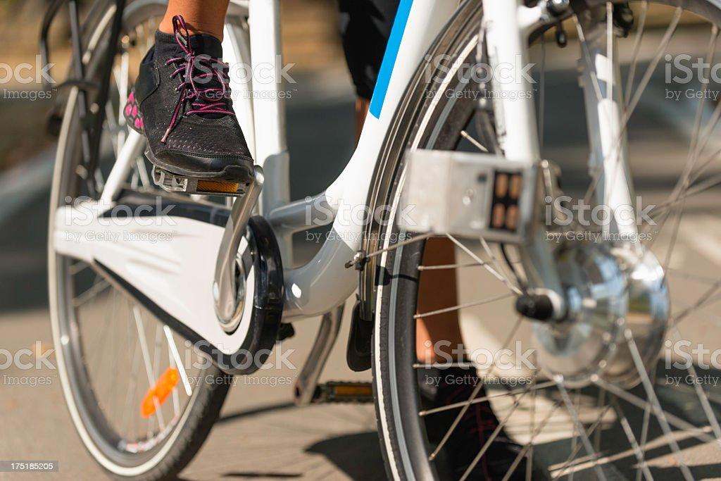 Bicicleta eléctrica - foto de stock