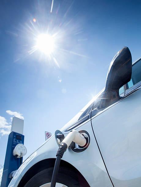 automobile elettrica - macchina ibrida foto e immagini stock