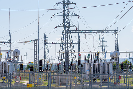 Electric power transmission. Equipment in an electrical sub station