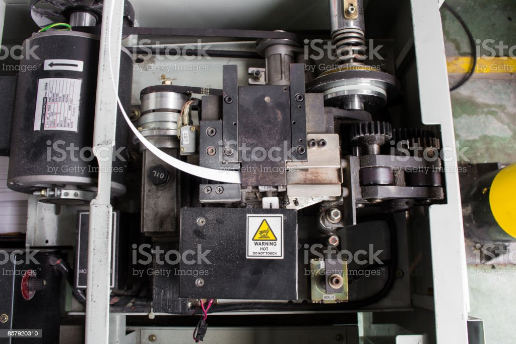electric strapping machine stock photo