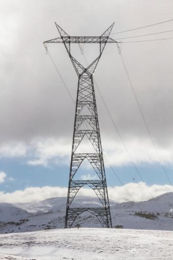 Electric Tower in the Snow - Torre en la Nieve