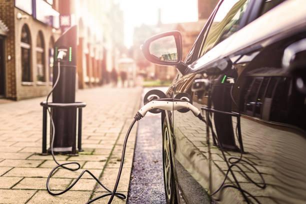electric vehicle - automobile con biodiesel foto e immagini stock